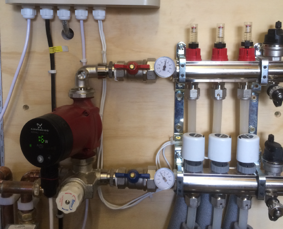 Underfloor Heating Cost Compact Manifold